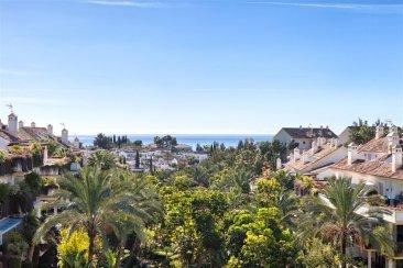 Недвижимость в Испании: Уникальный пентхаус на Золотой Миле Марбельи