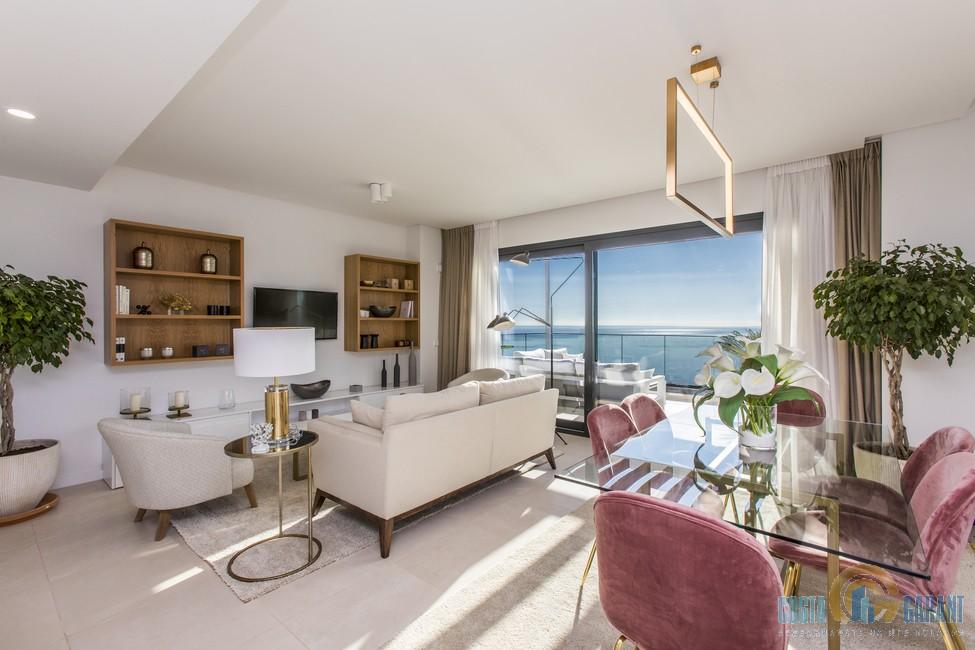 Апартаменты в испании на море вид на жительство в дубае