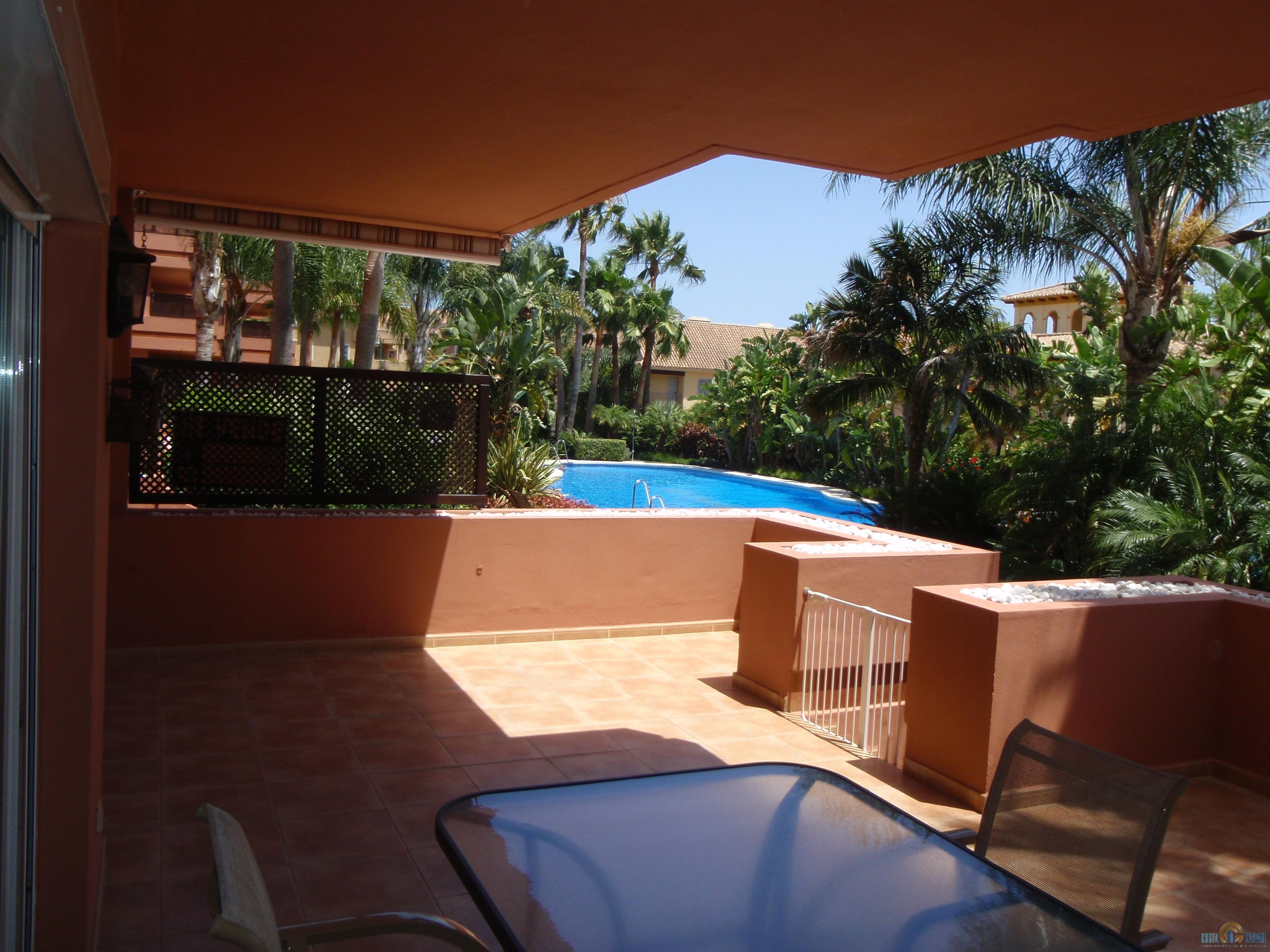 Недвижимость в испании в жилом комплексе